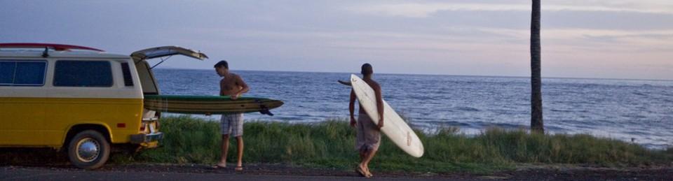 Circuit Surfers